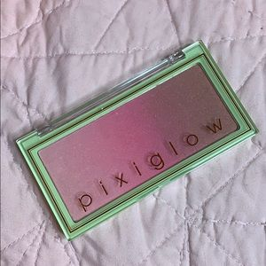 Pixi Beauty Blush Higlighter